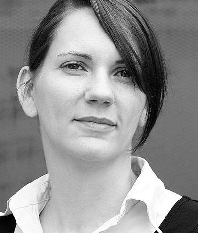Julia Schwarthoff |arsmedium